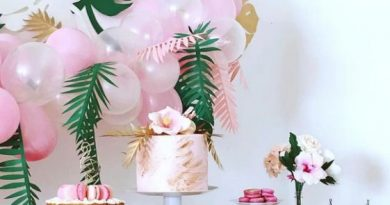 Party themes supply USA